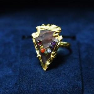 Δαχτυλίδι από λατυποπαγή ίασπη