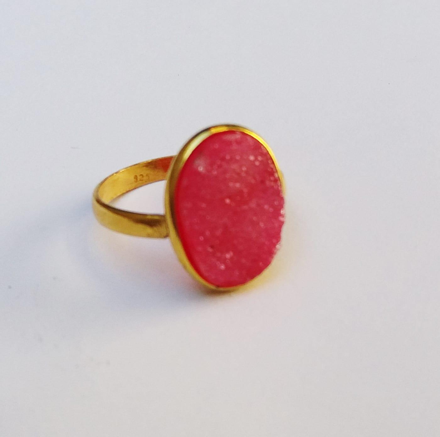 Δαχτυλίδι drusy ροζ νεφρίτη