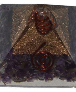 Πυραμίδα οργόνης αμέθυστου με λευκή ράβδο