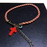 Μάρτης με κόκκινο σταυρό και ματάκι